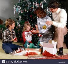 Mother Daughter Christmas Ornaments Christmas Scene With Young Family Of Father Mother Daughter And