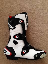 sidi motorcycle boots review sidi mag 1 boots visordown