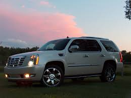 automotive trends 2007 cadillac escalade