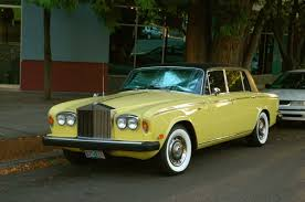 rolls royce 80s old parked cars 1974 rolls royce silver shadow