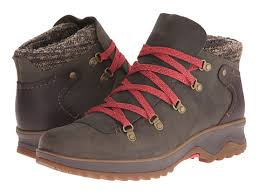 womens boots for walking best waterproof boots for stylish and comfortable boot guide