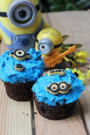 minion cupcakes minion cupcakes the of cakes
