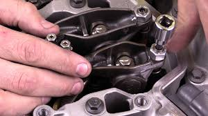 adjusting valve lash on cummins 5 9l engine youtube