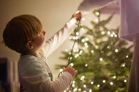 best way to hang christmas lights on tree how to hang christmas tree lights best way to hang christmas lights