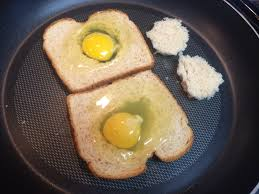 egg in a frame clteats