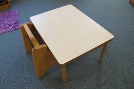 table et chaise b b chaise montessori 1000 images about learning tower tour d 39