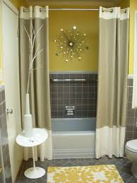 How To Make A Small Curtain How To Make A Small Bathroom Look Bigger Tips And Ideas