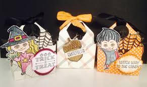 halloween party goody bags halloween bag in a box made with envelope punch board youtube
