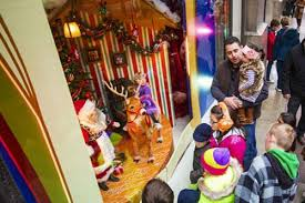 Christmas Window Decorations In Chicago by Christmas Lights In Chicago Holiday Tours Choose Chicago