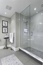 Tiling Bathroom Wall by View This Great Contemporary Full Bathroom With High Ceiling