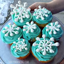 easy snowflake cupcakes diy toppers crafty morning