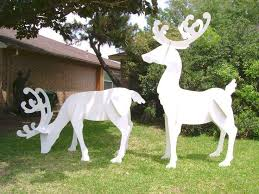 reindeer outdoor decorations ideas reindeer decorations outdoor