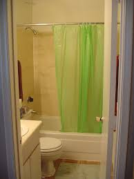 Ugly Green Centreport Apartment
