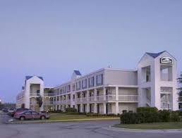 Comfort Inn Cleveland Airport Howard Johnson Inn Cleveland Airport Ohio Cle Airport Hotel