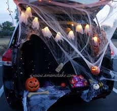 halloween tradition trunk or treat halloween party a mom u0027s take