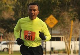 runners lace up for 2016 winter garden 10k carl ollivierre