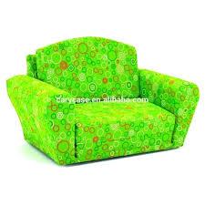canapé enfants canape mousse enfant pour beau canapac enfants avec vert chaise