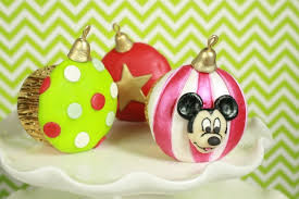how to make ornament cupcakes free video tutorial with elisa strauss