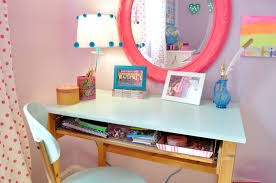 Desk And Vanity Combo A New Old Desk By U201csophia At Home U201d Sue At Home