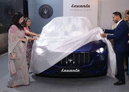 maserati india maserati levante suv unveiled in india launch in q4 2017 team bhp