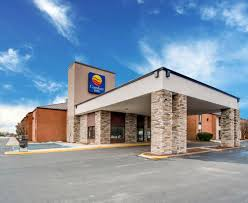 Mount Comfort Airport Book Comfort Inn Smith Mt Lake In Rocky Mount Hotels Com