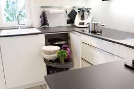 arbeitsplatte küche granit zeitlose häcker küche in weiß mit granit arbeitsplatte und berbel