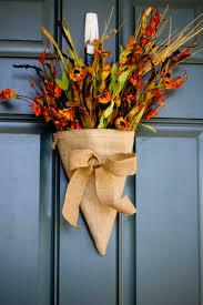 Esszimmer Herbstlich Dekorieren Herbst Deko Mit Blumen Selber Machen Gestecke In Tüten Arrangieren