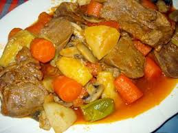 cuisiner le veau recette de langue de veau en sauce avec légumes