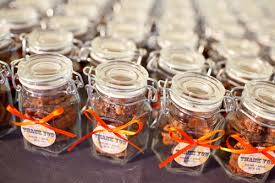 easy wedding favors unique fall wedding favors 1 darot net