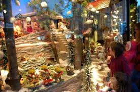 Cheap Christmas Decorations In Montreal by The Best Montreal Christmas Displays You Can See In The City Right