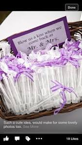 cheap wedding favors 30 wedding favors you won t believe cost 1 favors
