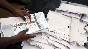bureau de vote tours elections en ouganda un premier tour chaotique rfi