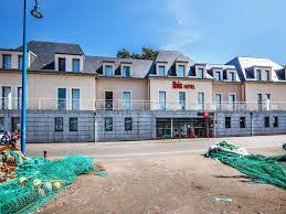chambres d hotes port en bessin hotel in port en bessin ibis bayeux port en bessin