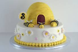 bumble bee cakes u2013 decoration ideas little birthday cakes