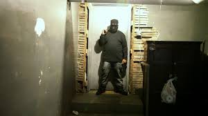 trap house defense drugs inc video national geographic channel