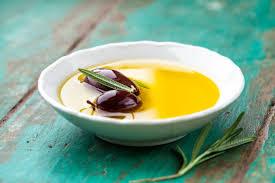 cuisiner à l huile d olive cuisson avec de l huile d olive dangereux ou non