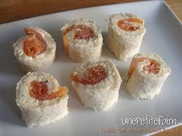 recette de canapé avec de mie roulés de de mie au saumon fumé et au boursin une faim