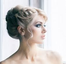 Frisuren Lange Wei゚e Haare by Die Besten 25 Hochgesteckte Haare Ideen Auf