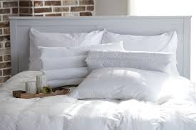 Types Of Duvet 13 Different Types Of Pillows For Best Night U0027s Sleep Pros U0026 Cons