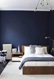 blaues schlafzimmer die besten 25 dunkelblaue wände ideen auf marine