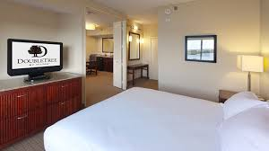 2 Bedroom Suites In Tampa Florida Doubletree Suites Tampa Bay Waterfront Hotel