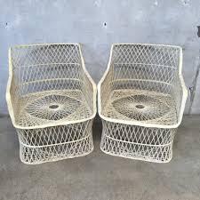 Woodard Outdoor Patio Furniture - pair of russell woodard spun fiberglass chairs u2013 urbanamericana
