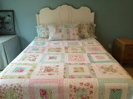 25 best shabby chic quilts ideas on pinterest pink quilts