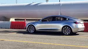 tesla model s tesla u201c ima tiekti automobilius u201emodel 3 u201c masėms delfi verslas