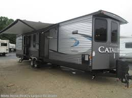 Class A Motorhome With 2 Bedrooms Fr1649 2016 Coachmen Catalina 40tshb Triple Slide 2 Bedroom For