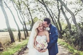 wedding photos junebug weddings best wedding photographers wedding planners