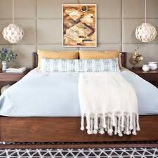 Modern Chic Bedroom by Bedroom Wall Decor U0026 Art Ideas Bedroom Artwork Elledecor Com