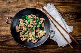 cuisiner avec un wok que boire avec un wok