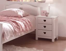 chambre fillette chevet de la chambre fillette emilie au style romantique so nuit