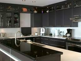comptoir de cuisine noir contemporain cuisitec
